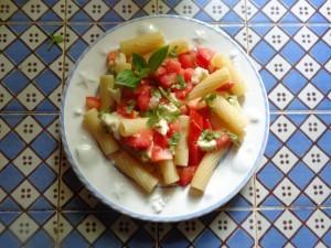 tomato mozza pasta1