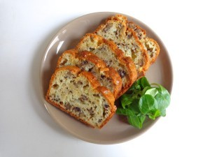 walnut roquefort cake2